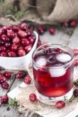 (1141VO2 PrOti Grape & Cranberries Drink
