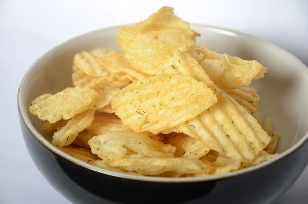 HWISE Dill Pickle Chips - Unrestricted - (1 Serving)