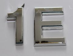 z- APARTMENT, DOOR AND MAILBOX LETTER 1 E SIGN - LETTER SIGN 1E- SILVER (HIGH QUALITY PLASTIC DOOR SIGNS 0.25 THICK)