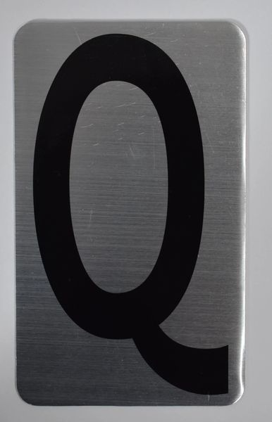 Apartment number sign Q – (SILVER, ALUMINUM SIGNS 5X3)- The Hippo Line