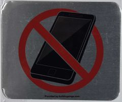 NO CELL PHONES SIGN (ALUMINUM SIGNS 5X6)