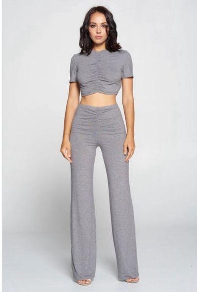 2-Piece Crop Top & Hugh Waisted Pants
