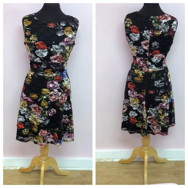 Size 10 Tiana B Black W Multicolor Floral Lace Overlay Dress