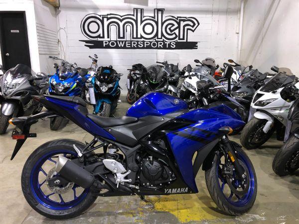 2018 Yamaha R3 1k miles