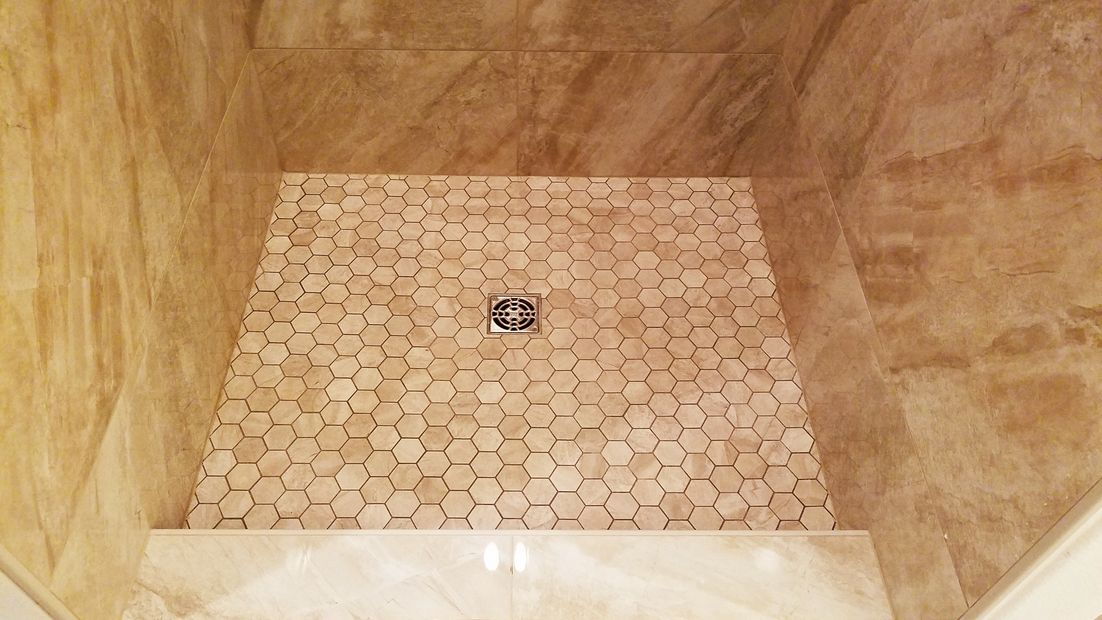 "alt=""Tile installation in Tualatin, Oregon"""