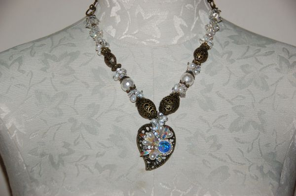 Vintage Earring Pendant & Crystals