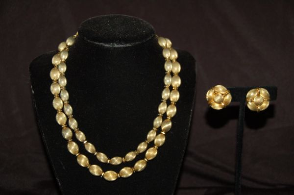Gold-Tone Necklace & Earrings