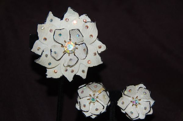 Vintage Flower Broach & Earrings