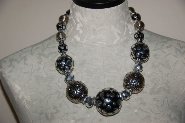 Large Balls in Black & Silver