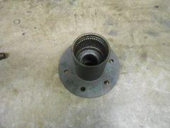 "Chevy Dana 44 front hub 4x4 6x5.5"" lug"
