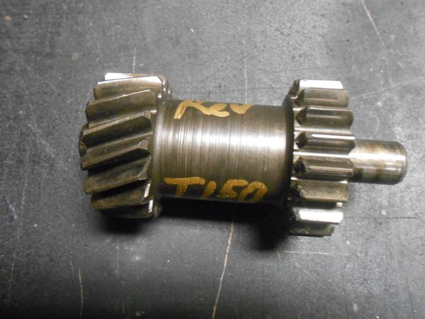 Jeep J10 T150 Reverse gear with shaft