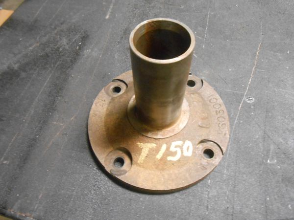 Jeep J10 Cj T150 input bearing reatainer