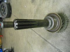 SM465 four speed transmission 4x4 input shaft and gear