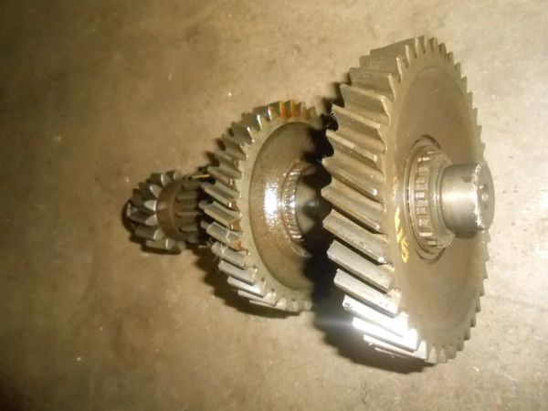SM465 Four Speed Transmission 4x4 Counter gear