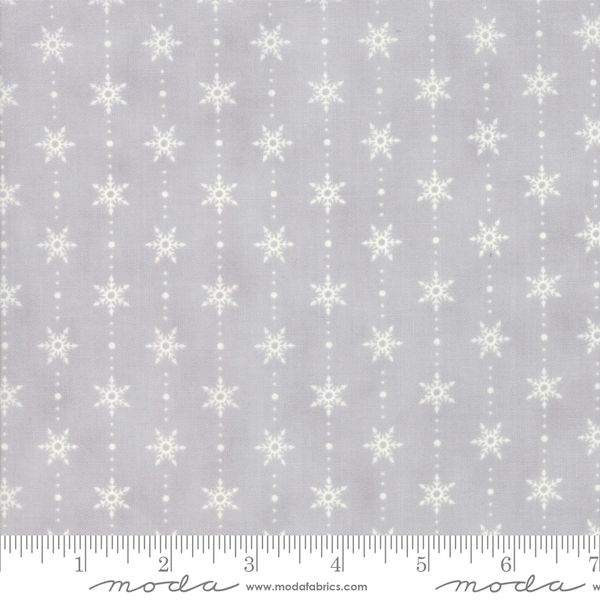 Moda homegrown holidays Grey with white snowflakes