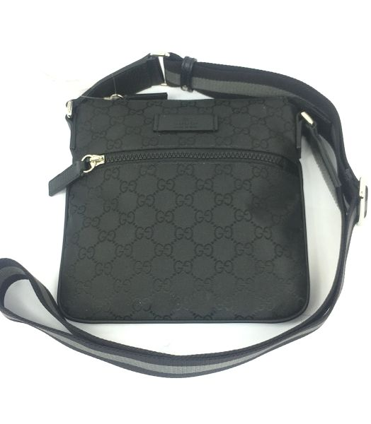 22fedf50f0ef Gucci GG Black Nylon Canvas Small Zip Top Messenger Bag #449183 | Elgie  Chic Boutique