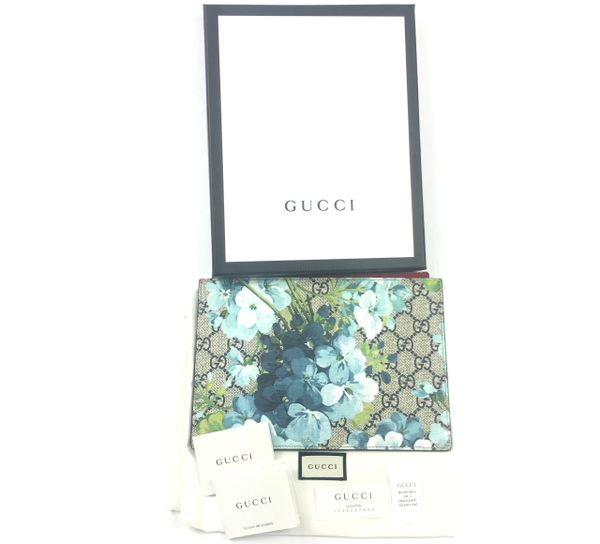 4baef3e09812 Gucci #546370 GG Supreme Bloom Zip Top Pouch/Clutch | Elgie Chic ...