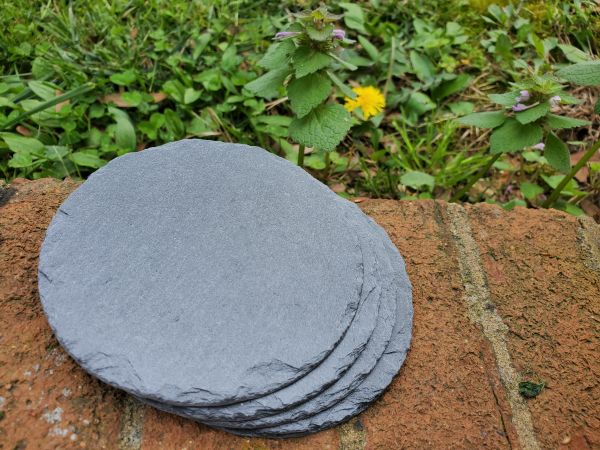 "4"" Premium Grade Round Slate Coasters, 50 pc./Case, FREE SHIPPING WITHIN THE CONTINENTAL U.S. ONLY!!"