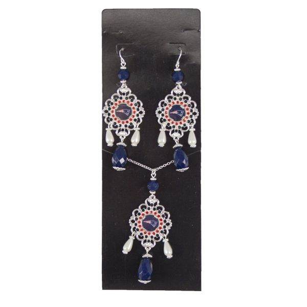 NFL New England Patriots Baroque Necklace and Earrings Collection