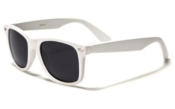 Retro Polarized White