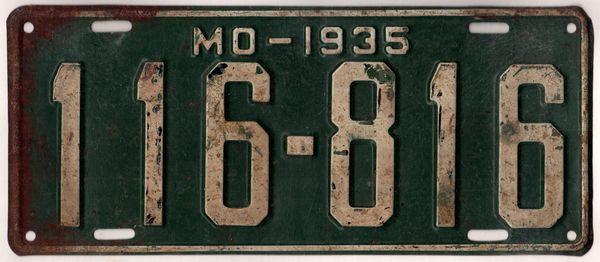 Missouri 1935 Car License Plate #116-816