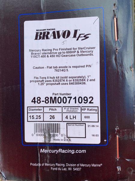 NEW Mercury Bravo I FS 48-8M0071092 26 pitch LH