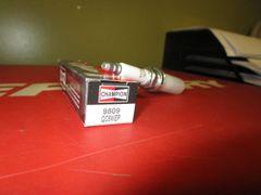 Champion spark plug 9809 QC8WEP