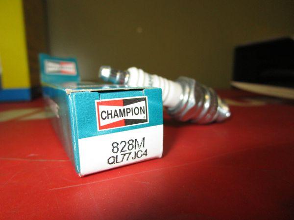 Champion spark plug 828M QL77JC4