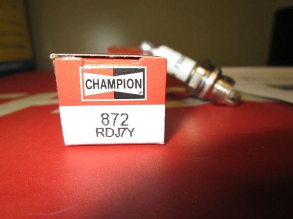 Champion spark plug 872 RDJ7Y