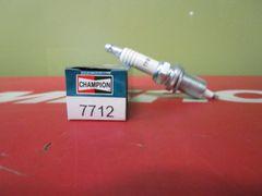 Champion spark plug 7712