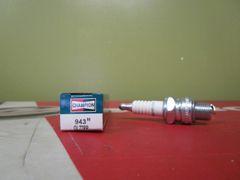 Champion spark plug 943M QL77PP
