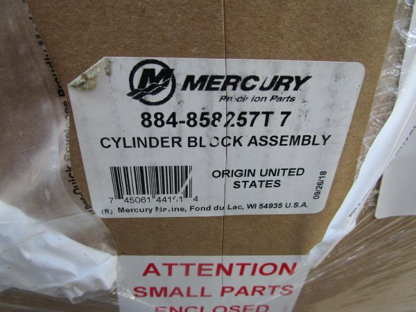 884-858257T7 cylinder block assembly new by Mercury
