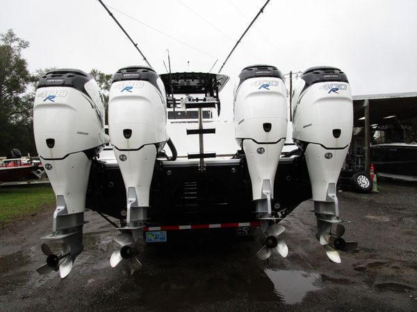 Pair of 2017 Mercury 400R outboards
