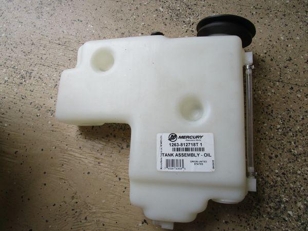 NEW Mercury oil tank assembly 1263-812718T1