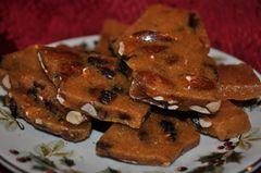 Cranberry Almond Brittle (8 oz resealable pouch)