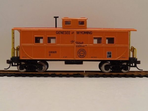 GENESEE AND WYOMING STUB ELLIS CABOOSE HO DECAL SET.