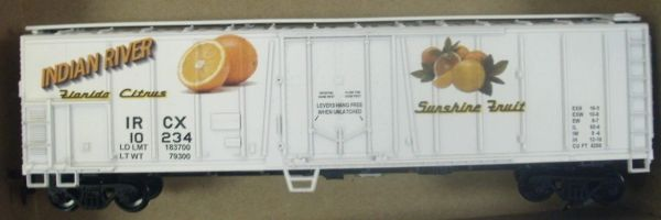 INDIAN RIVER FLORIDA FRUIT CAR HO DECAL SET.