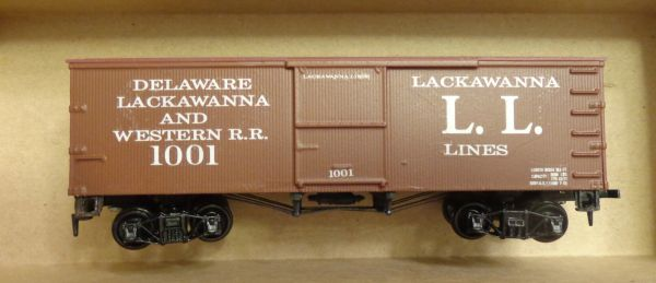 "EARLY 1910 ""LACKAWANNA LINES- L. L."" WOOD BOXCAR HO DECAL SET"