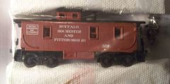 UFFALO ROCHESTER AND PITTSBURGH CABOOSE SET HO SCALE