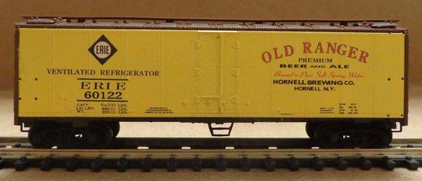 ERIE R.R. OLD RANGER BEER WOOD REEFER CAR