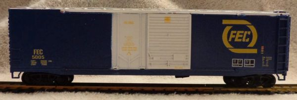 FLORIDA EAST COAST 50 FT COMBO DOOR BLUE BOXCAR HO DECAL SET.