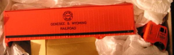 GENBESEE AND WYOMING RR TRACTOR TRAILER HO SCALE DECAL SET.