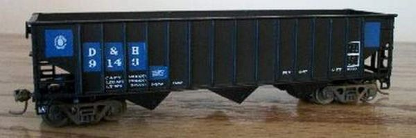 DELAWARE AND HUDSON GLASS RECYCLING HOPPER-HO SCALE