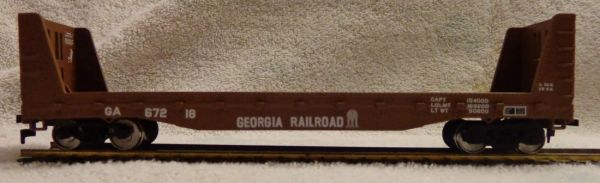 GEORGIA RAILROAD 53 FT BULK HEAD FLAT CAR. HO DECAL SET.