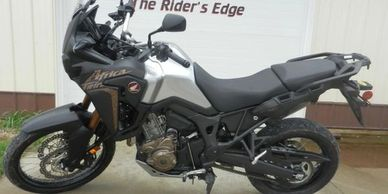 The 2014 DR-Z400S is ideal for taking a ride down your favorite off-road trail. An amazing amount of