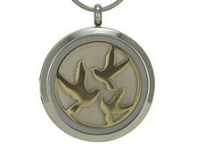 Round Pendant Birds Pewter / Bronze