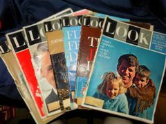 An Assortment (7) of Vintage 1960 Life Magazines