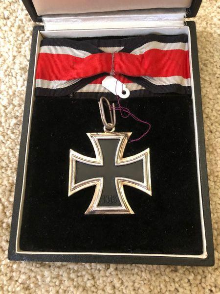 Cased Knights Cross to Gustav-Peter Reber