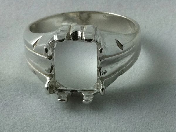 10x8mm Sterling Silver Octagon Low Profile Pre-Notched Ring Setting Size 7-11