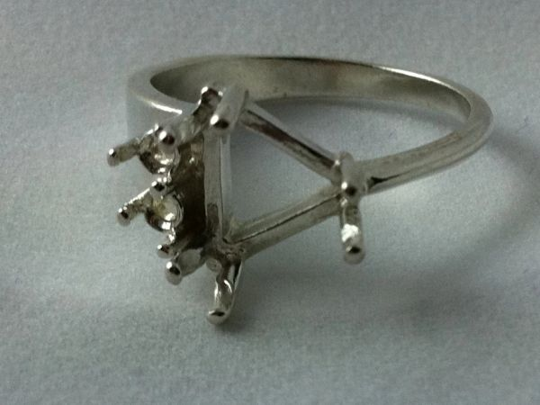 9x9 or 10x10mm Trillion Sterling Silver Double Accented Pre-Notched Ring Setting Size 6-9